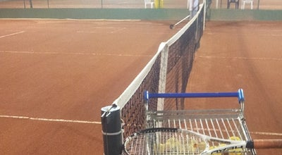 Photo of Tennis Court Tennis Indoor at Rod. Dep. João Leopoldo Jacomel, 12625, Pinhais 83323-410, Brazil
