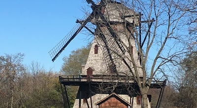 Photo of Trail Fabyan Windmill at Geneva, IL, United States