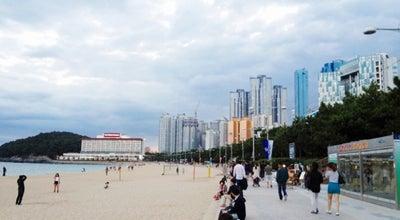Photo of Beach 해운대해수욕장 (Haeundae Beach) at 해운대구 해운대해변로 264, 부산광역시 48100, South Korea
