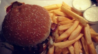 Photo of Burger Joint Tusen & 2 Restaurang och Bar at Landbygatan 4, Malmö 211 34, Sweden