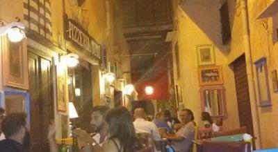 Photo of Pizza Place Pizzeria Da Totò at Chiasso Ciro Menotti, 6, Monreale, Italy