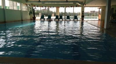 Photo of Pool Sport Universe Swimming Pool at Sarı Evler Sitesi, Istanbul, Turkey