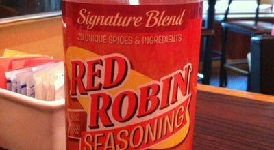 Photo of Burger Joint Red Robin Gourmet Burgers at 1187 Galleria Way, Glendale, CA 91210, United States