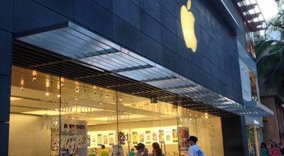 Photo of Electronics Store Apple Royal Hawaiian at 2301 Kalakaua Avenue, Honolulu, HI 96815, United States