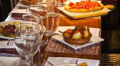 Photo of Tapas Restaurant Tinto Fino Ultramarino at Corregería/corretgeria 38, Valencia 46001, Spain