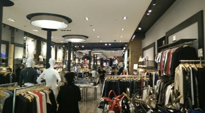 Photo of Clothing Store Guess at 537 Broadway, New York, NY 10012, United States