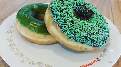 Photo of Donut Shop Dunkin' Donuts Adisoemarmo International Airport at Venue Kedatangan Adisoemarmo International Airport, Solo, Indonesia