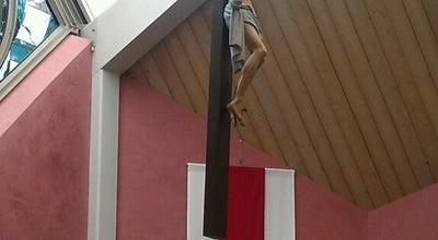Photo of Church Holy Family Catholic Church at 7355 120th Ave Ne, Kirkland, WA 98033, United States