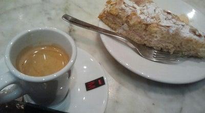 Photo of Cafe El Cafè Dels Arbres at Carrer Dels Arbres, 11, 08912 Badalona, Badalona 08912, Spain