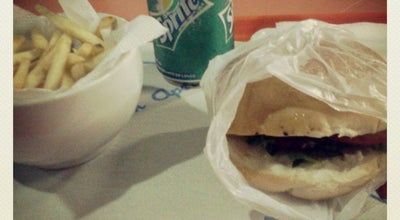 Photo of Burger Joint Cheff's Burguer at Praça Da Matriz, Vitória De Santo Antão, Brazil