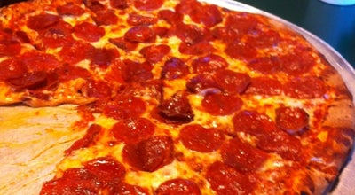 Photo of Pizza Place Garibaldi's Pizza at 7521 Queens Ct, Germantown, TN 38138, United States