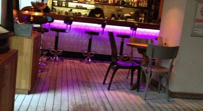 Photo of Cafe Den Cafe at Mim Kemal Öke Cad. No:12 Nişantaşı, Şişli, Turkey
