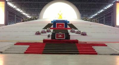 Photo of Buddhist Temple วัดพระธรรมกาย (Wat Phra Dhammakaya) at 23/2 Moo 7, Khlong Luang 12120, Thailand
