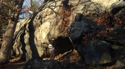 Photo of Trail Panther Cave (The Fells) at Medford, MA, United States