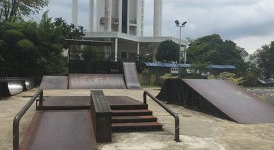 Photo of Park Le'Park (Taman Pertemuan) at Jalan Crookshank, Kuching 93200, Malaysia