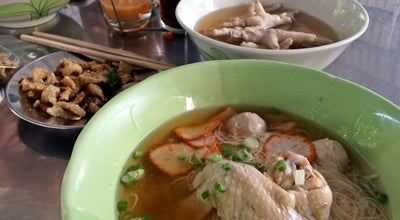Photo of Ramen / Noodle House ก๋วยเตี๋ยวน่องไก่ป้าหนิด at Khuhasawan Rd, Phatthalung 93000, Thailand