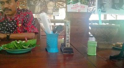 Photo of Diner Warung Makan Kebon Ndhelik at Jl.magelang Km.9 (belakang Rm.pringsewu) Jongke Lor,sendangadi,mlati,sleman Yogyakarta, Yogyakarta, Indonesia