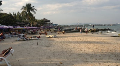 Photo of Beach หาดหัวหิน (Hua Hin Beach) at Petchakasem Rd, Hua Hin 77110, Thailand