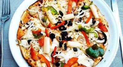 Photo of Italian Restaurant Restaurante Pizza-Mare at Paseo Marítimo El Bajondillo S/n, torremolinos 29620, Spain
