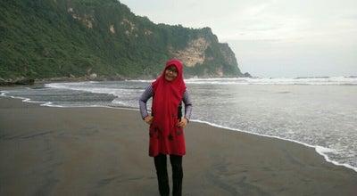 Photo of Beach Pantai Laut Selatan, Parang Tritis at Jl. Parang Tritis, Yogyakarta, Indonesia