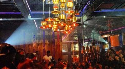 Photo of Nightclub Hooray Henry's at 8713 Beverly Blvd, Los Angeles, CA 90048, United States