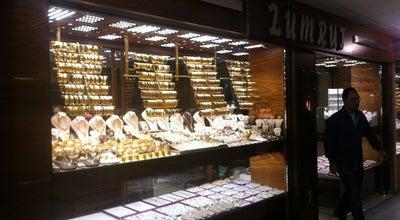 Photo of Jewelry Store Zümrüt Kuyumculuk at Bağdat Caddesi Sakızağacı Sokak Yıldız Pasajı Kuyumcular Çarşısı No:18, Maltepe 34840, Turkey