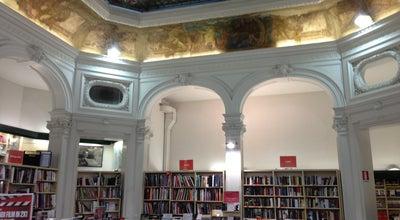 Photo of Bookstore La Feltrinelli at Via De' Cerretani, 30/32-red, Firenze 50123, Italy