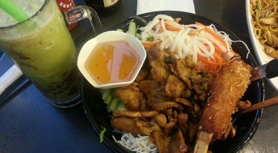 Photo of Asian Restaurant Joy Yee's Noodles at 521 Davis St, Evanston, IL 60201, United States