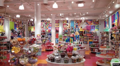 Photo of Candy Store IT'SUGAR at 665 Broadway, New York, NY 10012, United States