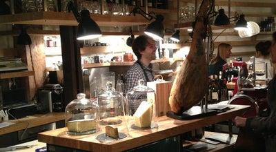 Photo of Wine Bar Inaro at 38 Rue René Boulanger, Paris 75010, France