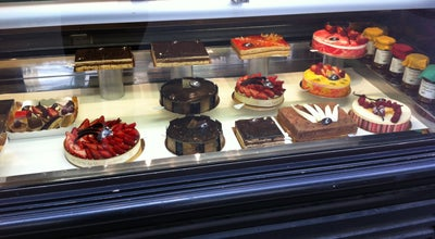 Photo of Bakery Aux Castelblangeois at 14 Bis Avenue De Madrid, Neuilly-sur-Seine, France