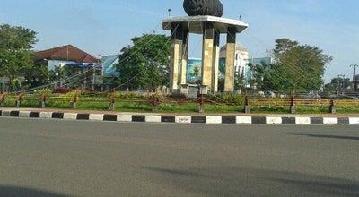 Photo of Monument / Landmark Tugu Batu Satam at Simpang Lima Taman Kota, Kabupaten Belitung, Indonesia