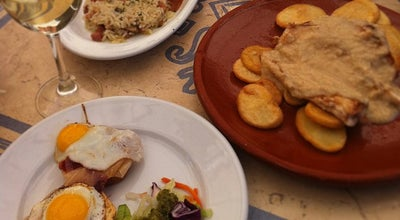 Photo of Tapas Restaurant Los Coloniales at Plaza Del Cristo De Burgos, 19, Sevilla 41003, Spain