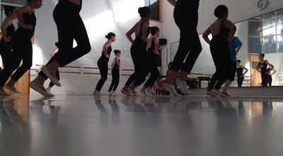 Photo of Dance Studio Academia de Ballet Robson Maia y Mechi Gayo at Paraguay