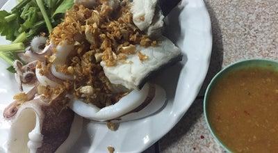 Photo of Asian Restaurant ต.ข้าวต้มปลา (แม่ตุ๋ง) at ตลาดร้อยปี อ่างศิลา, Ang Sila, Thailand
