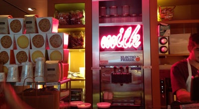 Photo of American Restaurant Momofuku Milk Bar at 15 W 56th St, New York City, NY 10019, United States