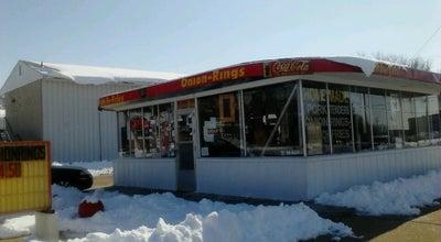 Photo of American Restaurant R&B Drive Inn at 116 S Poplar St, Hutchinson, KS 67501, United States