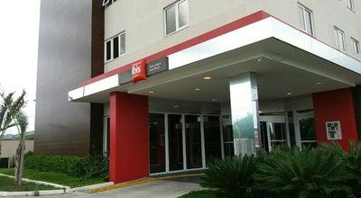 Photo of Hotel ibis Hotel at Av. Assis Brasil, 9300, Porto Alegre 91140-000, Brazil
