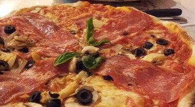 Photo of Italian Restaurant La Fabbrica Pizzería at Centro Comercial Lincoln Plaza, San José, Costa Rica