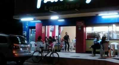 Photo of Burger Joint Farofa Lanches at R. Duque De Caxias, 326-464 - Visc. De Araújo, Macaé 27940-351, Brazil