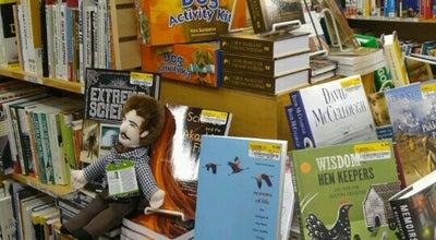 Photo of Bookstore Half Price Books at 1075 E Golf Rd, Schaumburg, IL 60173, United States