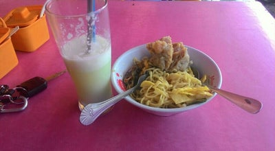Photo of Food Truck Bakso & Mie Ayam Cak To at Patung Sapi Tawang Rejo, Pasuruan 67156, Indonesia