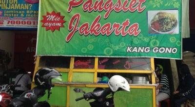 Photo of Ramen / Noodle House Mie Pangsit Jakarta Kang Gono at Jl. Setia Budi 73, Madiun, Indonesia