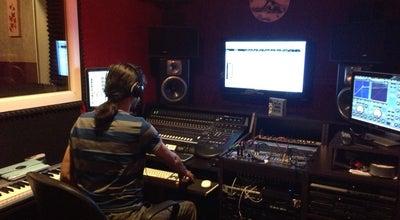 Photo of Music Venue SG Audio Studios at Meşrutiyet Caddesi Toptaş, İstanbul 34430, Turkey