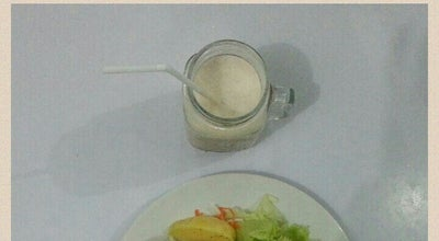 Photo of Salad Place Letusee Salads | Sandwiches | Smoothies at Amelia Hotel, Sleman, Indonesia