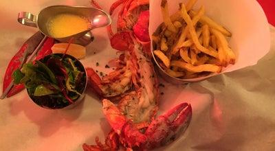 Photo of Seafood Restaurant Les Pinces at 29 Rue Du Bourg Tibourg, Paris 75004, France