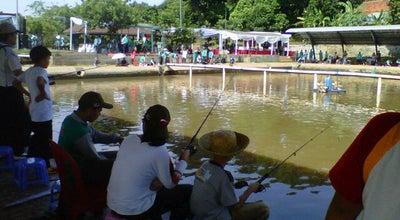 Photo of Lake Pemancingan Telaga Mulya at Jalan Raya Cikaret, Cibinong, Indonesia