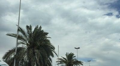 Photo of Golf Course الاشاره المقابله لسوق السمك at Kuwait City, Kuwait