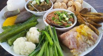 Photo of Thai Restaurant ต๋อง เต็ม โต๊ะ (Tong Tem Toh) at 11 Nimmana Haeminda Lane 13, Mueang Chiang Mai 50200, Thailand