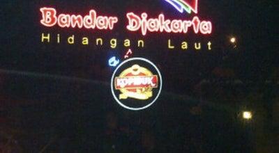 Photo of Seafood Restaurant Bandar Djakarta at Pintu Timur Taman Impian Jaya Ancol, Jakarta Utara 14430, Indonesia